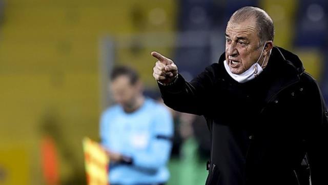 Ankaragücü maçının VAR hakemi Cüneyt Çakır'a büyük tepki gösterdi