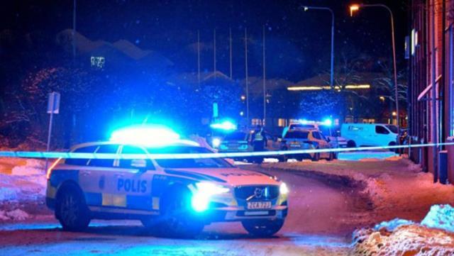 İsveç'te bıçaklı terör eylemi: 8 kişi yaralandı