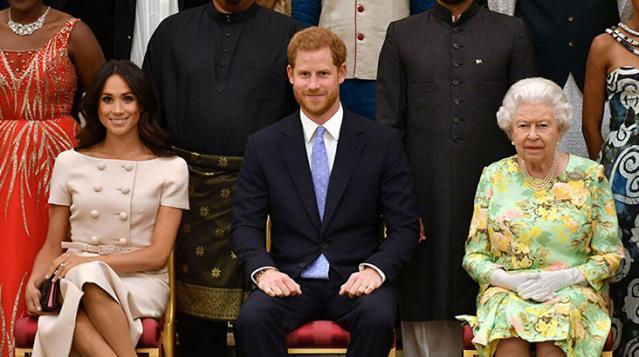 Prens Harry'nin eşi Meghan Markle, İngiliz Kraliyeti'ni yalan haber üretmekle suçladı