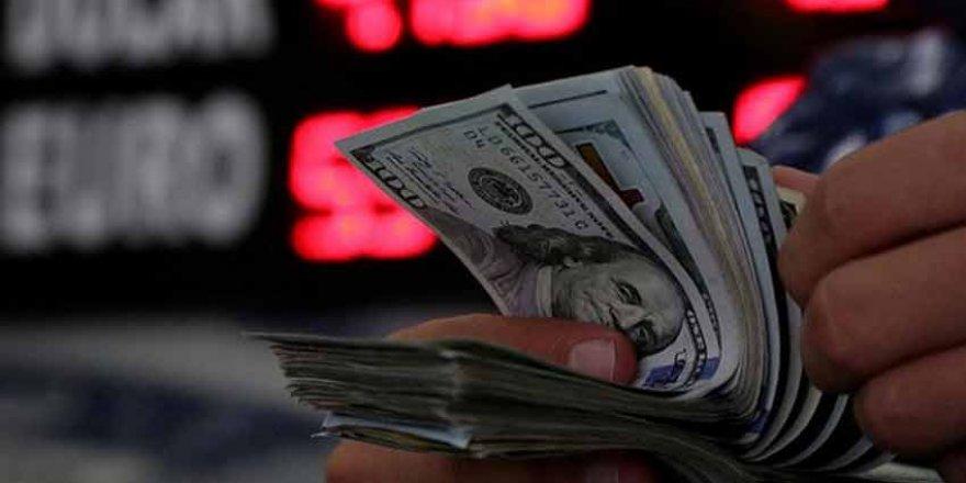 Türk Lirası, dolar karşısında hızlı bir değer kaybı yaşadı