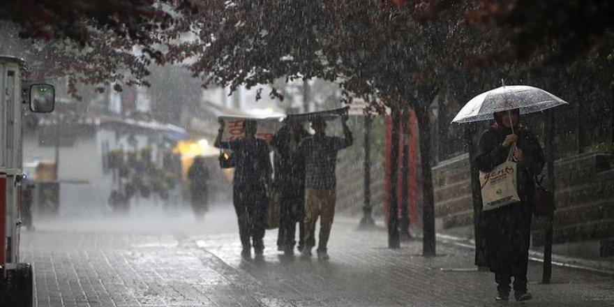Meteoroloji yine uyardı: İstanbullular dikkat yağış geliyor