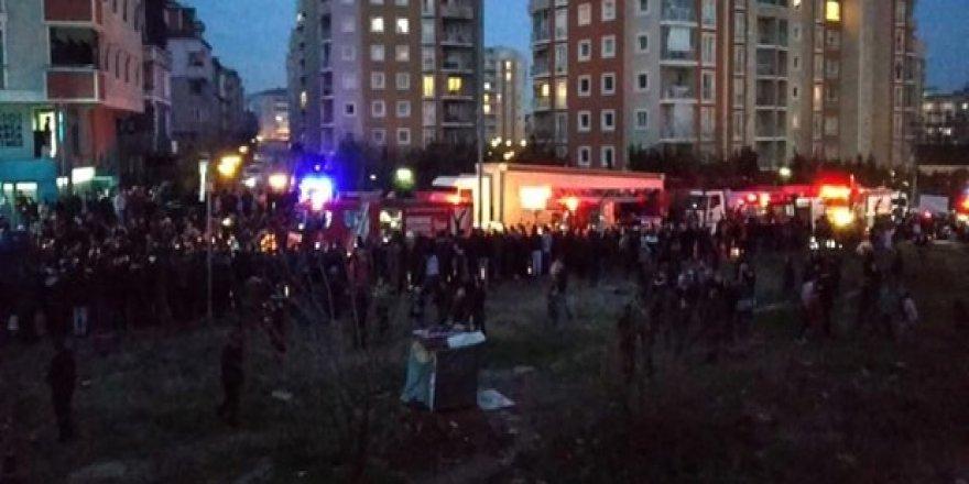 İstanbul Çekmeköy'de askeri helikopter düştü (4 Asker Şehit oldu!)
