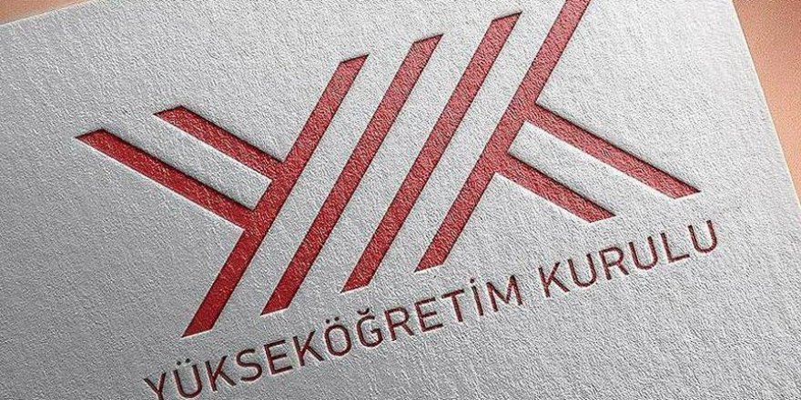 """YÖK'ten """"Davutoğlu'na itibar etmeyin"""" açıklaması"""