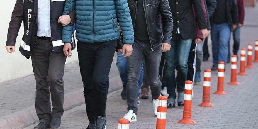 İstanbul'da FETÖ operasyonu: 53 muvazzaf asker hakkında gözaltı kararı