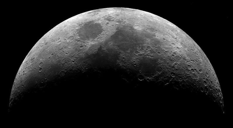 NASA, AY YÜZEYİNDE KİMYASAL YOLLARLA SU BİLEŞENLERİ ÜRETMENİN FORMÜLÜNÜ KEŞİF ETTİ