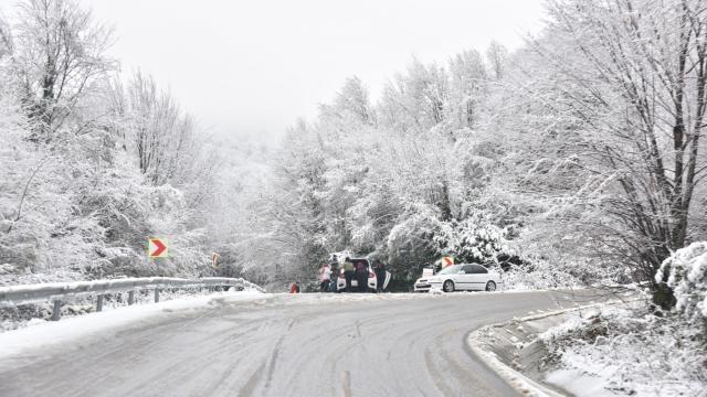 Kocaeli'de yüksek kesimlere kar yağdı