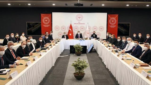 Sağlık Bakanı Koca: Ülkemizdeki vakaların yaklaşık yüzde 40'ı İstanbul'da