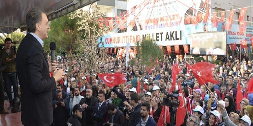 AK Parti Sözcüsü Ömer Çelik: Cumhur İttifakı masa başında kurulmadı