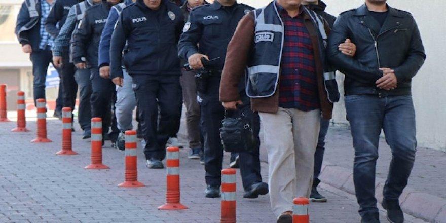 Kara Kuvvetleri'nde FETÖ operasyonu: 101 gözaltı kararı (67 muvazzaf)
