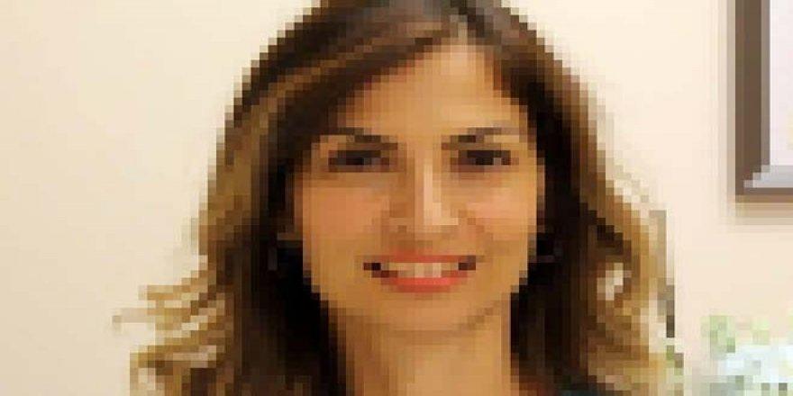 Ünlü hastanede skandal! İnternet fenomeni kadın Prof, doktorun yanlış gözünü ameliyat etti