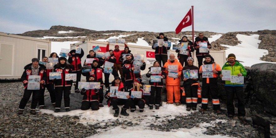 Antarktika'da geçici bilim üssü kuruldu