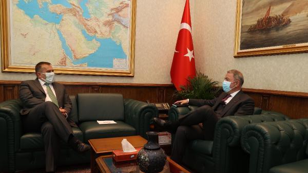Savunma Bakanı Akar, Slovenya Büyükelçisi ile görüştü