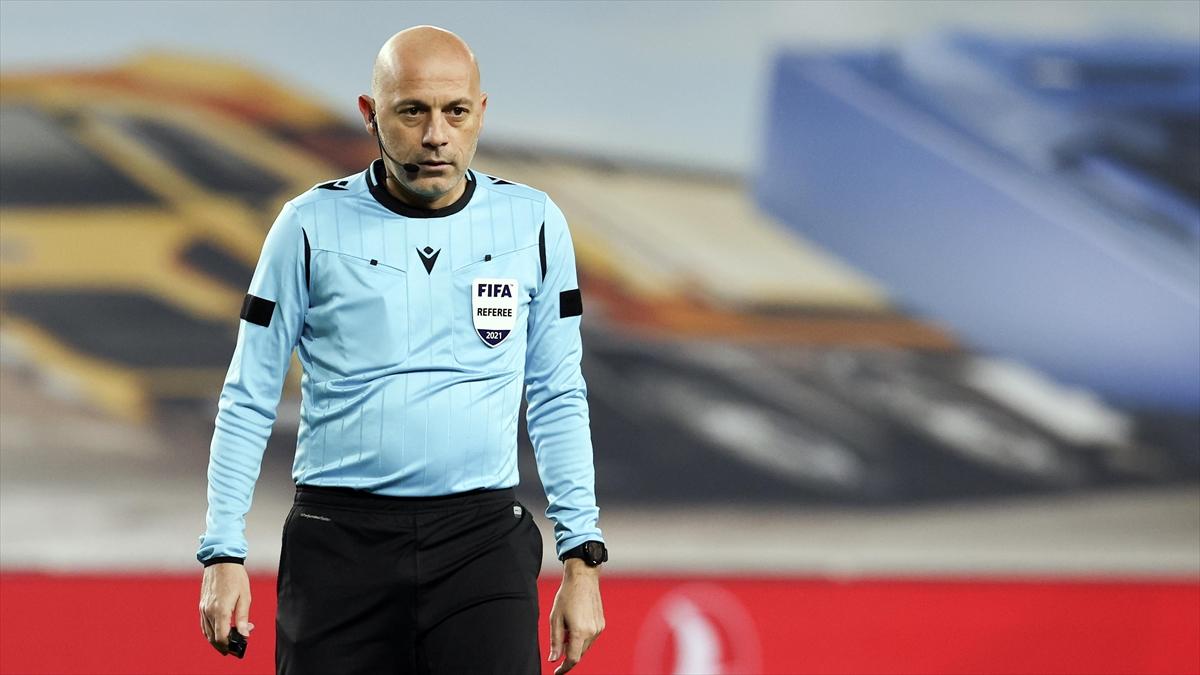 Fıfa Kokartlı Hakem Cüneyt Çakır'ın 3. Avrupa Şampiyonası Gururu