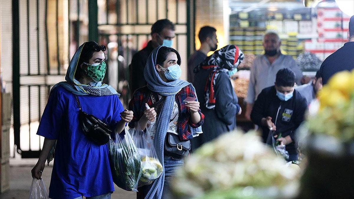 İran'da Son 24 Saatte Kovid-19'dan Hayatını Kaybedenler