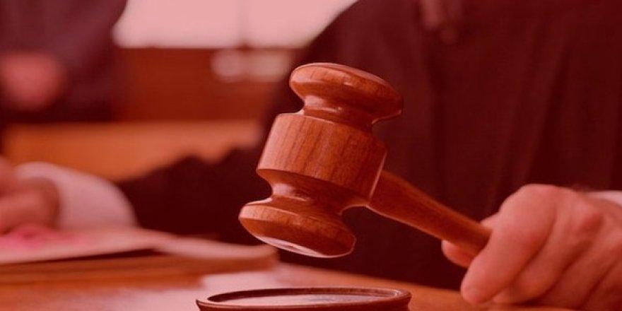 MHP'li muhaliflerin olağanüstü kongre kararını onayan eski Yargıtay üyesine FETÖ'den hapis cezası