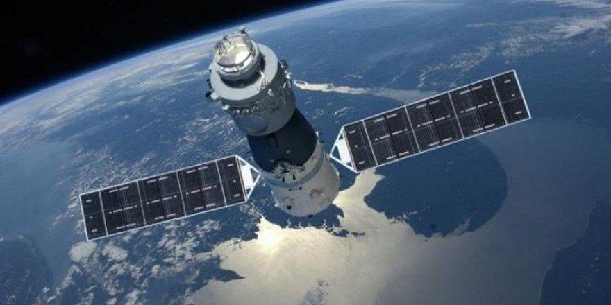 """Prof. Küçük: """"Çin Uydusu büyük bir olasılıkla suya düşecek"""""""