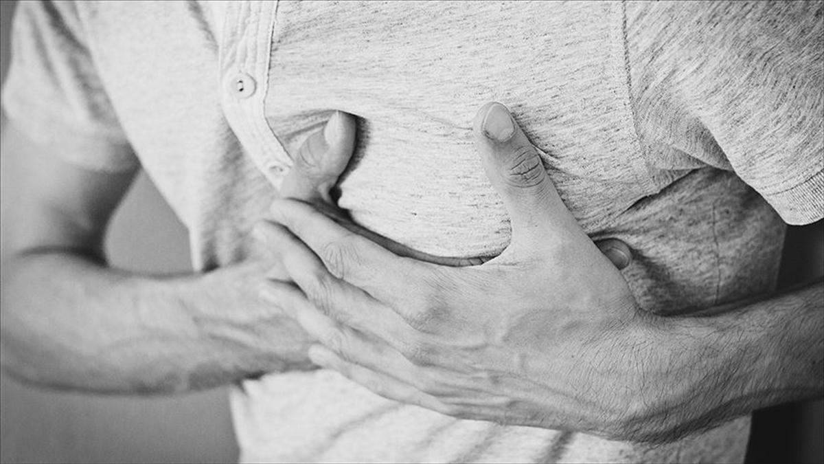 Kovid-19 Hastalığını Geçirenlere Kalple İlgili Şikayetleri Yakından İzlemeleri Öneriliyor