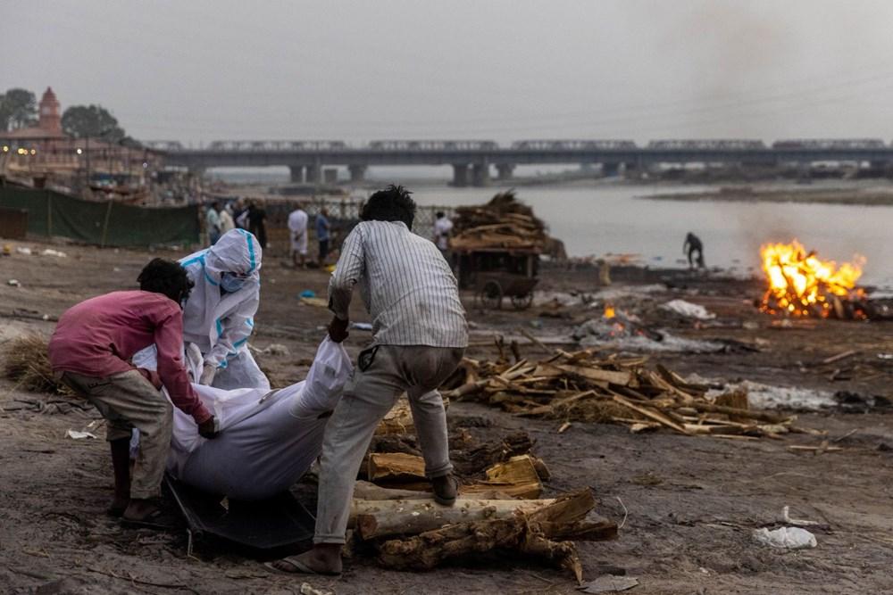 71 kişinin cansız bedeni Ganj Nehri kıyılarına vurdu