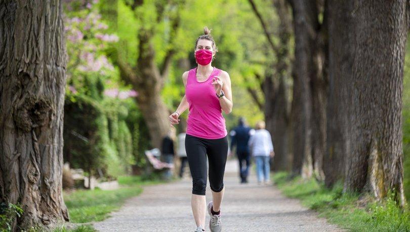 Karantinada egzersiz yapmamak hastalıklara davetiye çıkarıyor