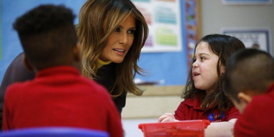 First Lady Melania Trump, ABD'de Gülen okulunu ziyaret etti