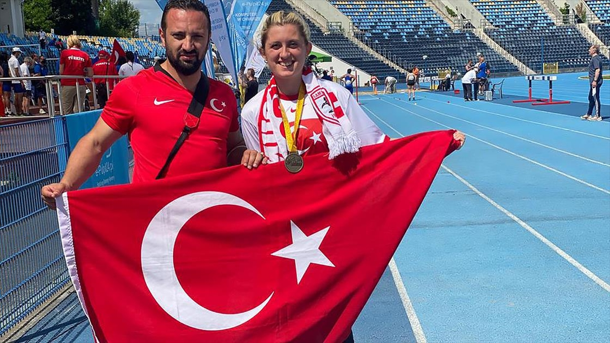 Dünya Para Atletizm Şampiyonası'nda Fatma Damla Altın'dan İkinci Dünya Şampiyonluğu