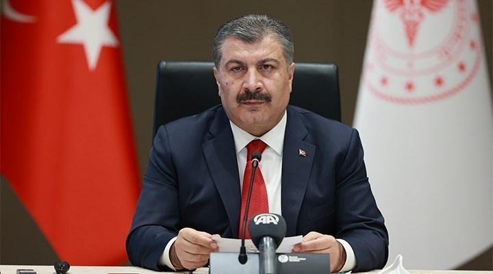 """Sağlık Bakanı Koca, """"Aşı programı kapsamında berber ve kuaförler de aşılanmaya başlıyor"""""""