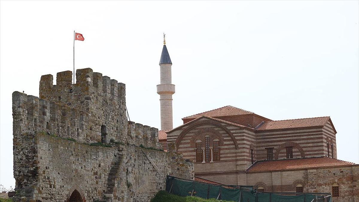 Fatih'in Yadigarı Cami 56 Yıl Sonra Yeniden İbadete Açılacak
