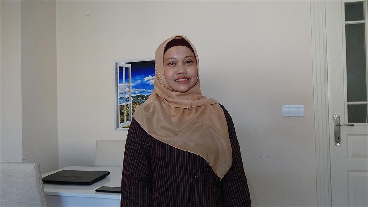 Endonezyalı Gelin Van'da Fedakarlıklarıyla Gönülleri Fethetti