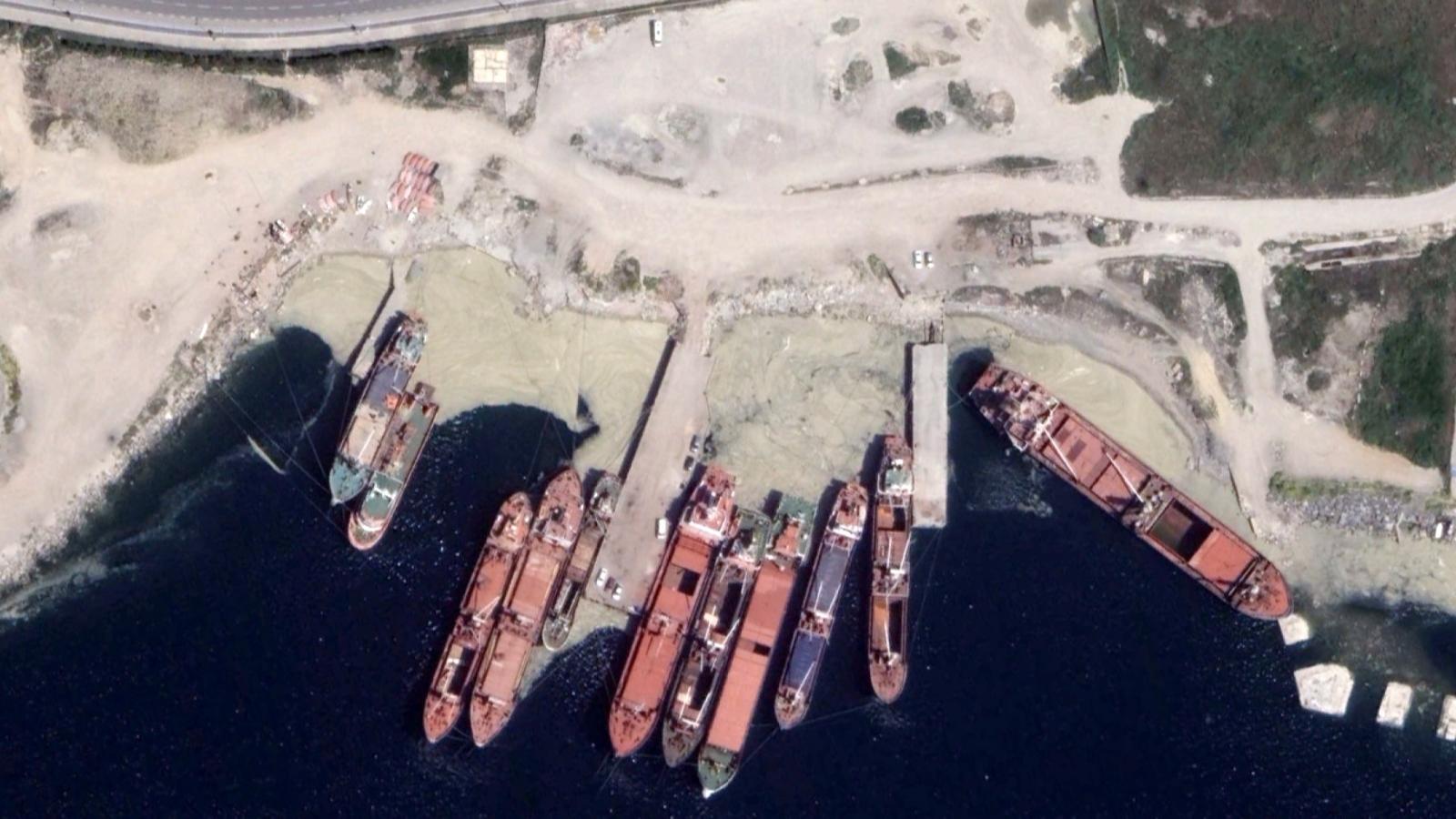 İstanbul'daki Müsilaj Uzaydan Görüntülendi