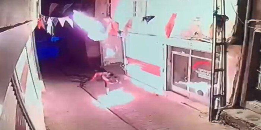 AKP Hani İlçe Binasına Molotoflu Saldırı
