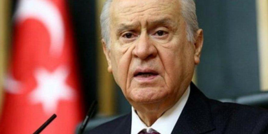MHP lideri Bahçeli'den Başkanlık Sistemi için flaş açıklamalar