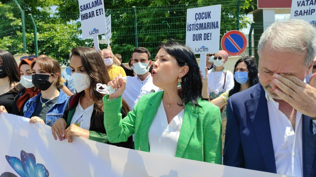 Cinsel istismar suçundan yargılanan sözde tarikat liderine 10 yıl 5 ay hapis cezası