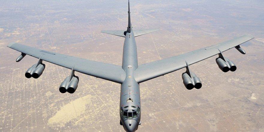 Rus hava savunma sistemlerinin tespit ettiği ABD'nin B-52 uçağı 'u' dönüşü yaptı