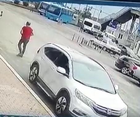 Rize'de Cinayet Anı Güvenlik Kameralarına Böyle Yansıdı