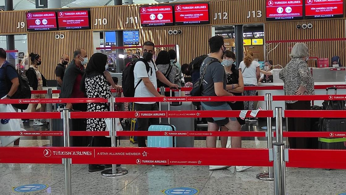 İstanbul Havalimanı Ve THY'den Yeni Rekorlar