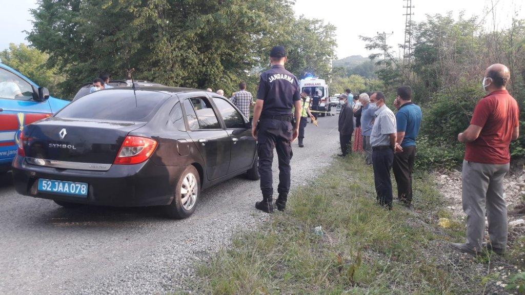 Minibüsün altında kalan 5 yaşındaki çocuk hayatını kaybetti