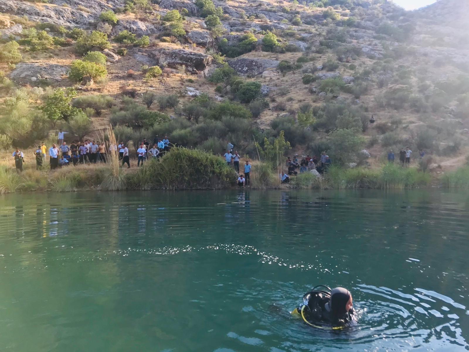 Fırat nehrinde balık tutmak isteyen genç nehre düşerek boğuldu