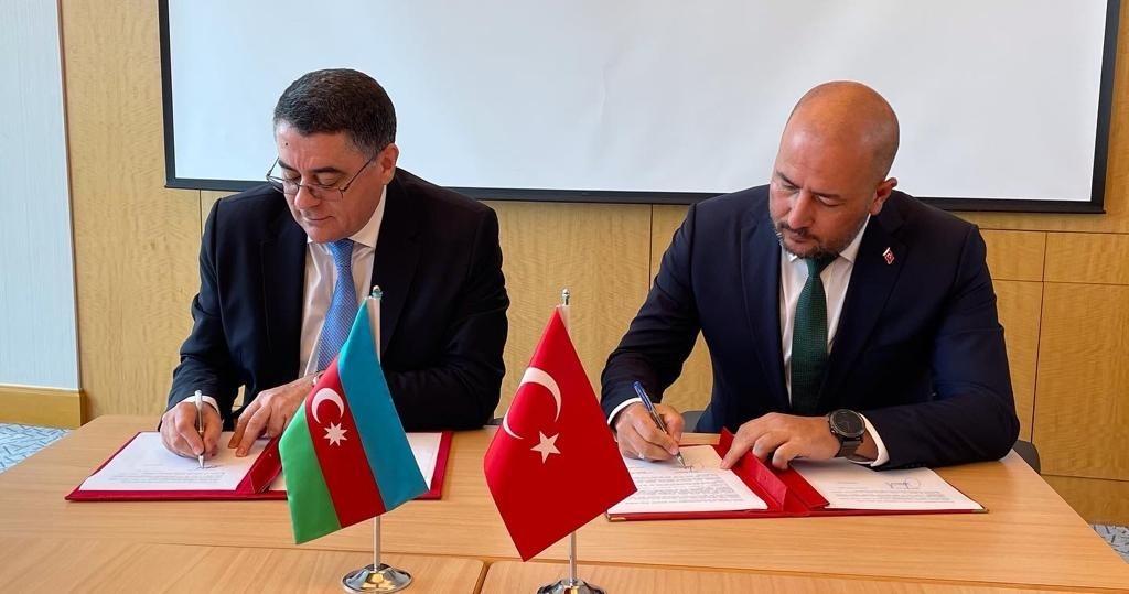 Türkiye-azerbaycan Kara Ulaştırması Karma Komisyon Toplantısı İstanbul'da Gerçekleşti