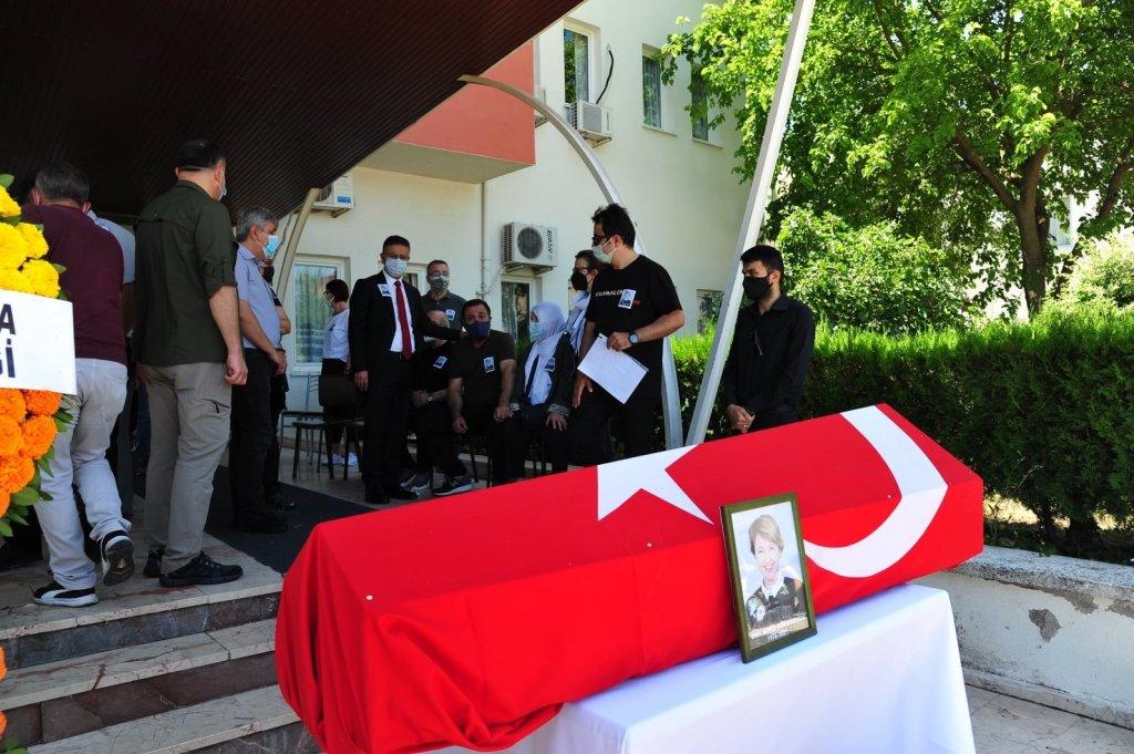 Prof. Gökgözoğlu toprağa verildi