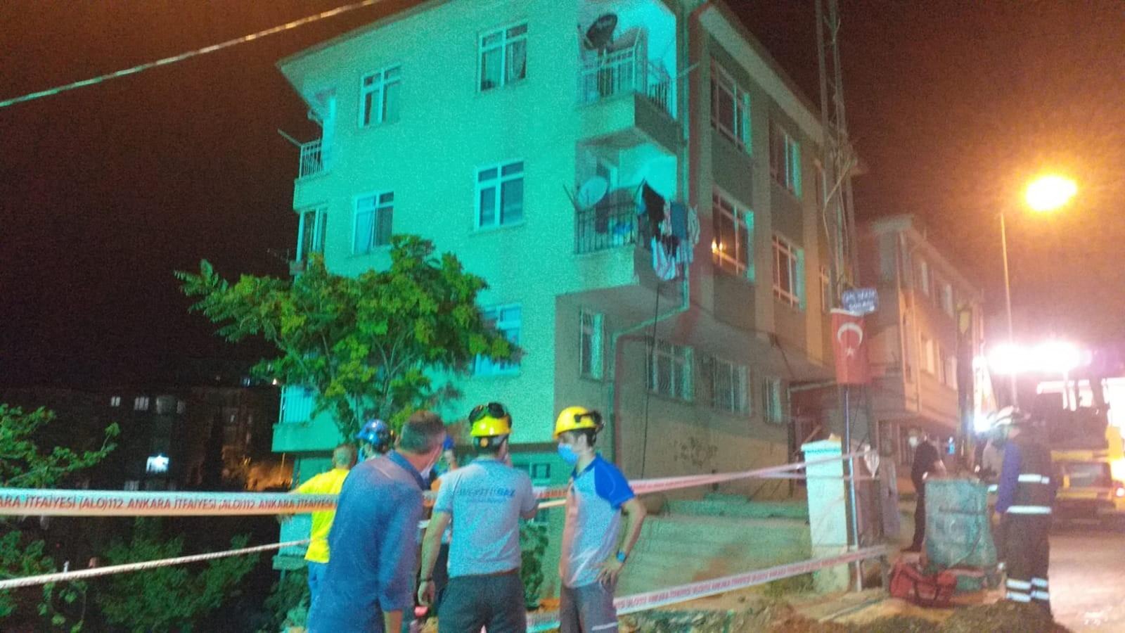 Ankara'da Bir Binanın Temeli Kaydı: 5 Bina Tahliye Edildi