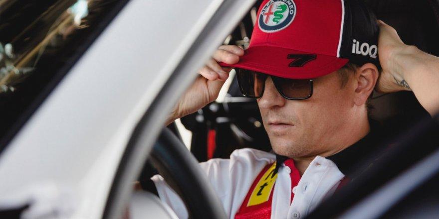 Alfa Romeo Racing-orlen Formula 1 Takımının Fin Pilotu Kimi Raikkönenimi, Giulia Gta'yı Test Etti