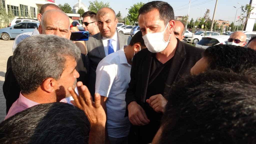 HDP önündeki evlat nöbeti tutan ailelerden CHP'ye sert tepki