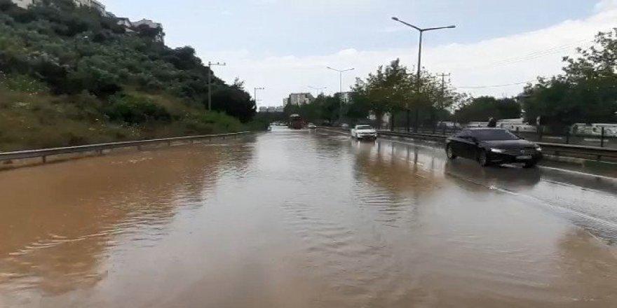 İstanbul'da yoğun yağış etkili oldu