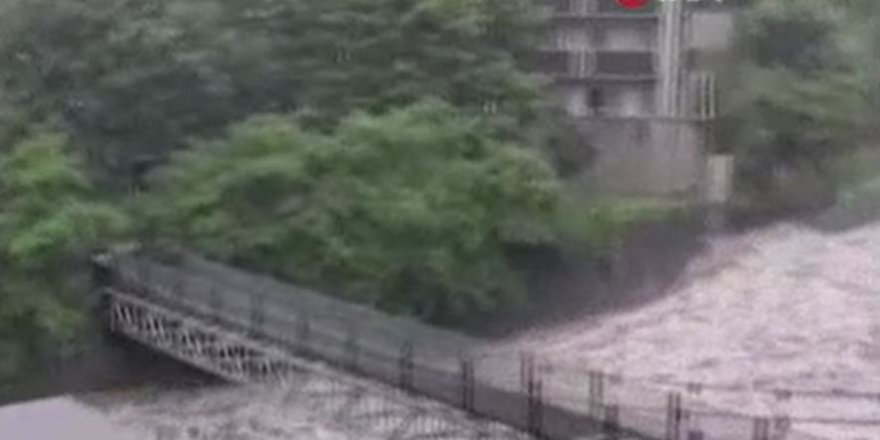 Japonya'da heyelan: 2 ölü