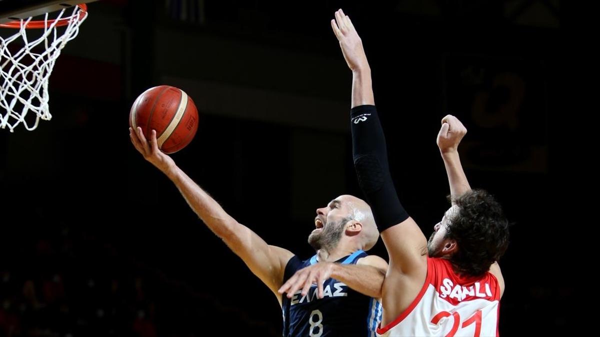 A Milli Erkek Basketbol Takımı, Olimpiyat Elemeleri'ne Yarı Finalde Veda Etti