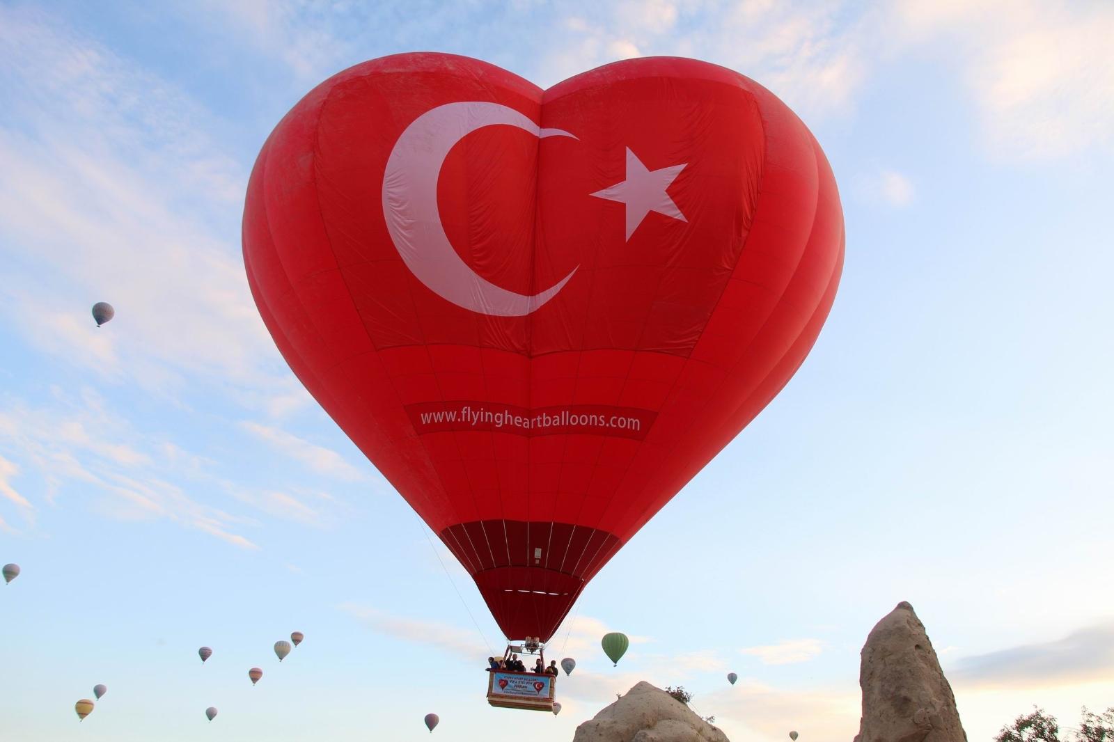 Türkiye'nin İlk Figürlü Balonu Kapadokya'da Uçtu