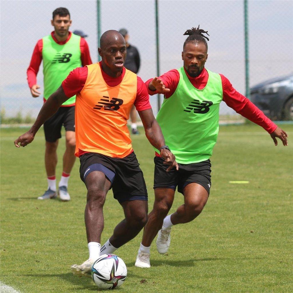 Antalyaspor, Yeni Sezon Hazırlıklarını Erzurum'da Sürdürüyor
