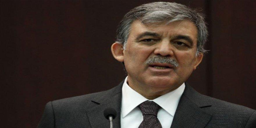 Abdullah Gül: Tüm liderler Yeni Zelanda Başbakanı Ardern'i örnek almalı