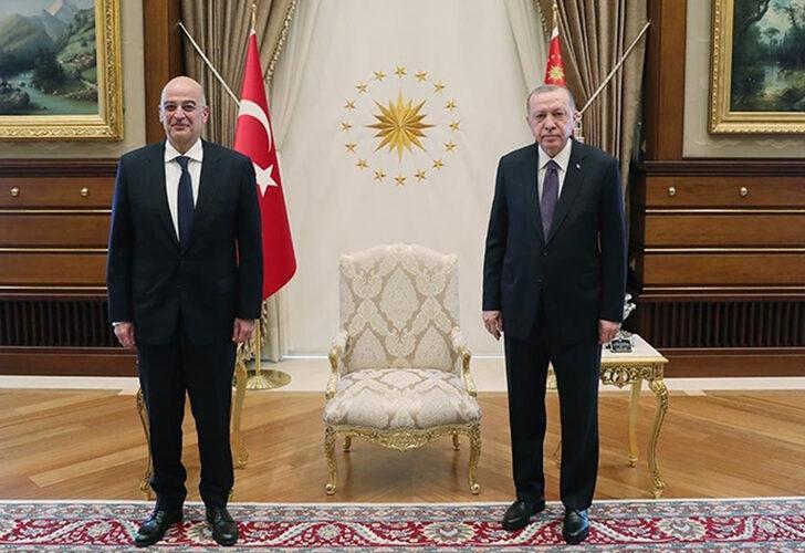 Yunanistan Dışişleri Bakanı Dendias'tan Erdoğan'a Övgüler