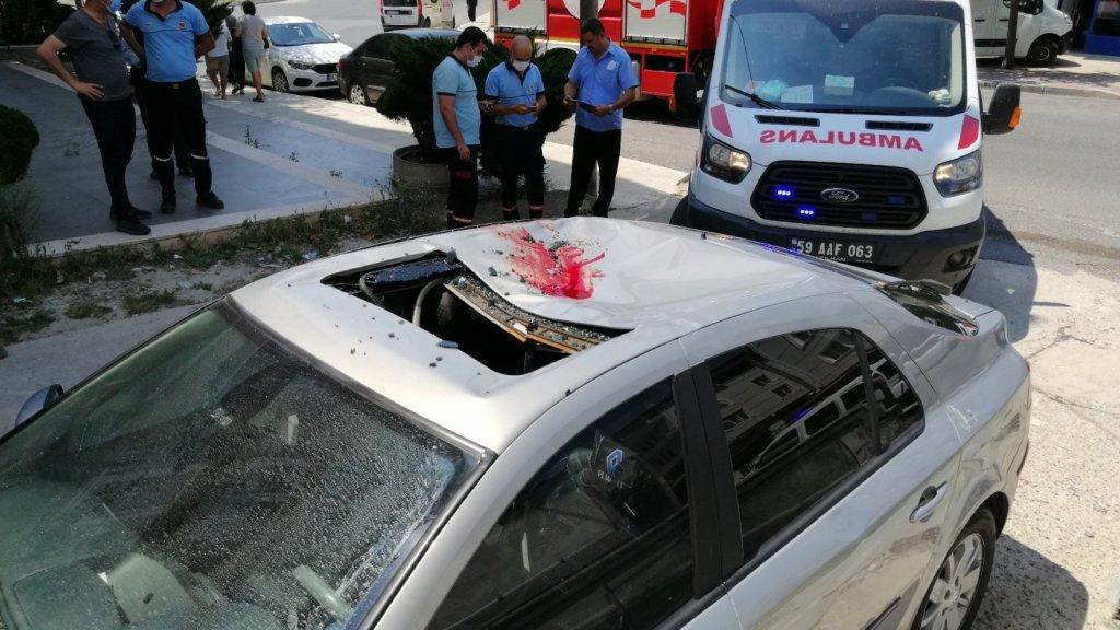 Çerkezköy'de Balkondan Arabanın Üstüne Düşen Kadın Hayatını Kaybetti